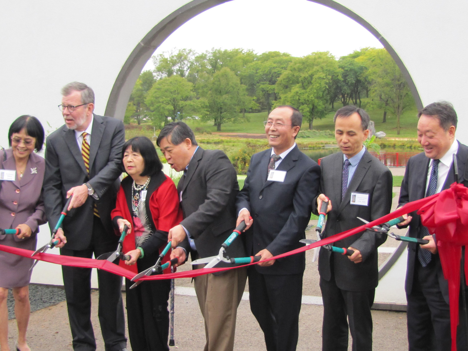 Cmty ChineseGarden RibbonCutting